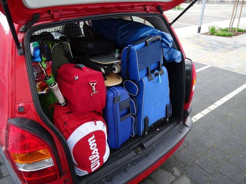 campingurlaub-kofferraum-auto